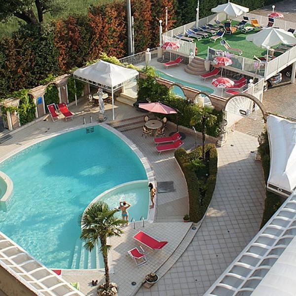 piscina-2-min
