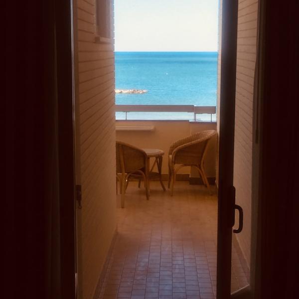 Hotel_Adriatica-matrimoniale-letti-singoli_3
